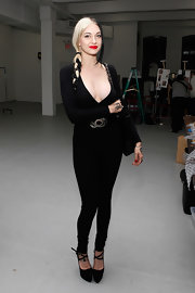 Porcelain's low-cut black bodysuit clung to her every curve during Spring 2012 Mercedes-Benz Fashion Week in NYC.