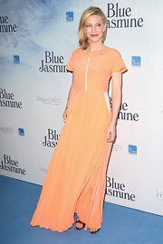 Cate Blanchett looked summery as ever at the premiere of 'Blue Jasmine' where she wore this orange sherbert-hued dress.