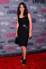 Annie Parisse looked classic with a bit of an edge in a leather-panel LBD during the 'Boardwalk Empire' season four premiere.