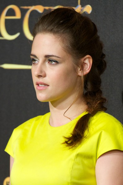 More Pics of Kristen Stewart Cocktail Dress (4 of 41) - Kristen Stewart Lookbook - StyleBistro