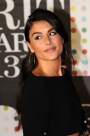 Jessie Ware didn't just sport gold hoops at the 2013 Brits, but she also sported a small hoop in her nose!