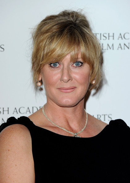 More Pics of Sarah Lancashire Loose Bun (1 of 7) - Sarah Lancashire Lookbook - StyleBistro