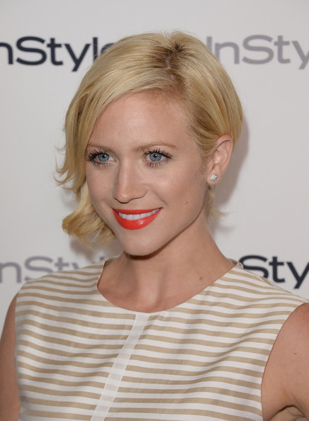 Brittany Snow Short Wavy Cut