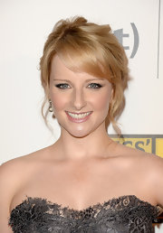 Melissa Rauch's blonde tresses looked soft and romantic with a wavy pinned updo.