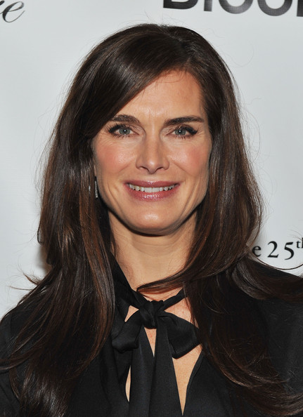 Brooke Shields Long Side Part