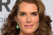 Brooke Shields Medium Curls