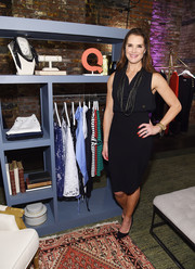 For her shoes, Brooke Shields chose a pair of simple black pumps.