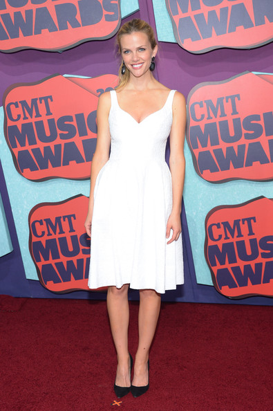 Brooklyn Decker Cocktail Dress [arrivals,brooklyn decker,cmt music awards,flooring,carpet,shoulder,red carpet,dress,fashion model,cocktail dress,girl,joint,bridgestone arena,nashville,tennessee]
