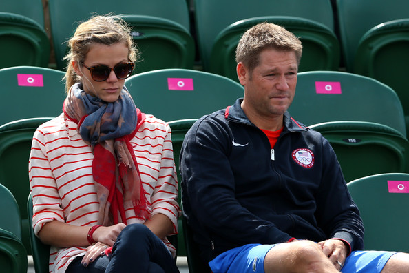 Brooklyn Decker Patterned Scarf [tennis,games,recreation,coach,competition event,championship,brooklyn decker,andy roddick,martin klizan,tennis,mens singles tennis,slovakia,united states,olympics,match,london 2012 olympic games]