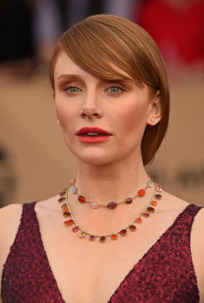 Bryce Dallas Howard Layered Gemstone Necklace [hair,face,hairstyle,blond,lip,beauty,eyebrow,head,chin,skin,arrivals,bryce dallas howard,screen actors guild awards,los angeles,california,the shrine auditorium]