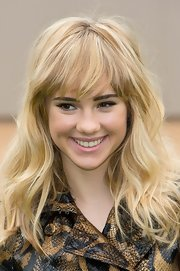 Suki chose a soft wavy shag with bangs for her look at the Burberry Prorsum Runway Show.