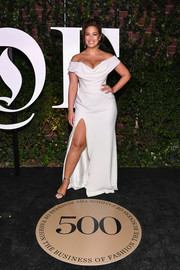 Ashley Graham sealed off her look with silver ankle-strap sandals.