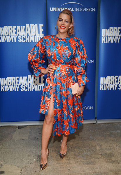 Busy Philipps Print Dress [clothing,fashion model,fashion,dress,cobalt blue,shoulder,electric blue,fashion design,joint,footwear,unbreakable kimmy schmidt,busy philipps,fyc @ ucb,panel,california,los angeles,ucb sunset theater,universal television,fyc]