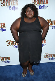 Gabourey sported a sleeveless black dress with swirl detailing for the premiere of 'Buyer & Cellar' opening night.