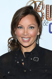 Vanessa Williams sported light flesh pink lip gloss to top off her glowing beauty look.