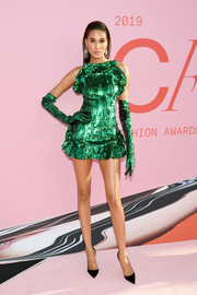 Cindy Bruna looked festive and sexy in a green sequined mini dress by Angelys Balek x Anna Dello Russo at the 2019 CFDA Fashion Awards.