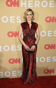 Taylor Schilling chose a printed red and black gown by Vionnet for the 2015 CNN Heroes Tribute.