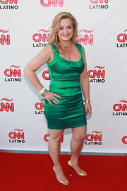 Cynthia Hudson showed off her figure in this emerald green satin dress at the CNN en Espanol event in NYC.