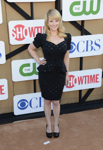 More Pics of Melissa Rauch Little Black Dress (1 of 2) - Melissa Rauch Lookbook - StyleBistro