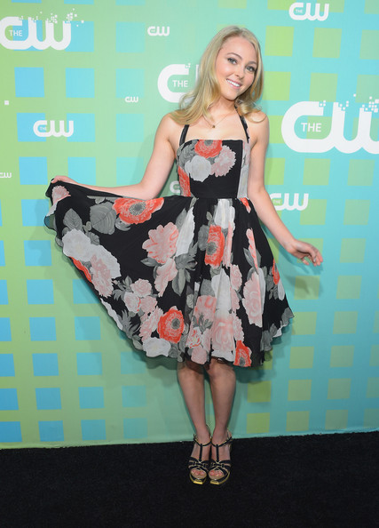 More Pics of AnnaSophia Robb Evening Sandals (1 of 6) - AnnaSophia Robb Lookbook - StyleBistro