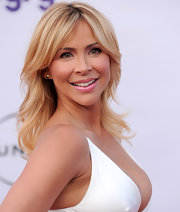 Actress Aylin Mujica flaunted her shoulder length waves while attending an event in Los Angeles.