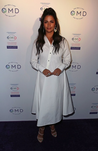 Camila Alves Shirtdress [book,book,white,fashion,fashion design,carpet,dress,red carpet,formal wear,long hair,flooring,style,suzy amis,james cameron hosts book launch party,camila alves,crossroads kitchen,california,los angeles,omd,book launch party]