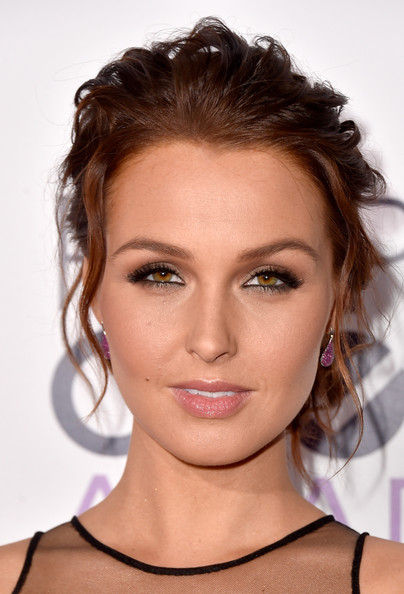 Camilla Luddington Messy Updo [hair,face,eyebrow,hairstyle,lip,chin,beauty,shoulder,skin,brown hair,peoples choice awards,part,california,los angeles,nokia theatre la live,arrivals,camilla luddington]