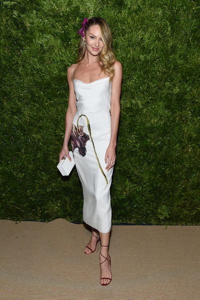 Candice Swanepoel Box Clutch [white,clothing,shoulder,dress,fashion model,fashion,lady,leg,joint,summer,candice swanepoel,vogue fashion fund 2019 awards,new york city,cipriani south street,cfda]