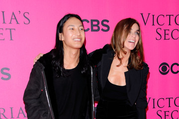 Carine Roitfeld Alexander Wang 2011 Victoria's Secret Fashion Show - Pink Carpet Arrivals