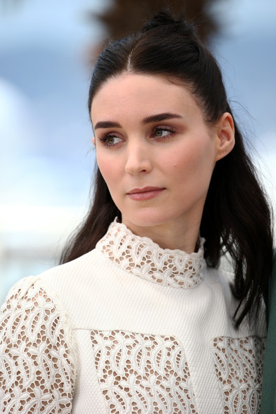 Rooney Mara looked less edgy than usual wearing this half-up hairstyle at the 'Carol' photocall in Cannes.