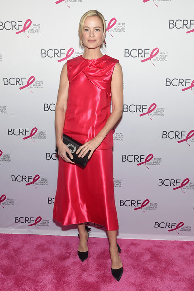 Carolyn Murphy Satin Clutch [clothing,dress,cocktail dress,red,fashion model,footwear,carpet,pink,red carpet,hairstyle,breast cancer research foundation hot pink gala,new york city,park avenue armory,elizabeth hurley,arrivals,carolyn murphy]