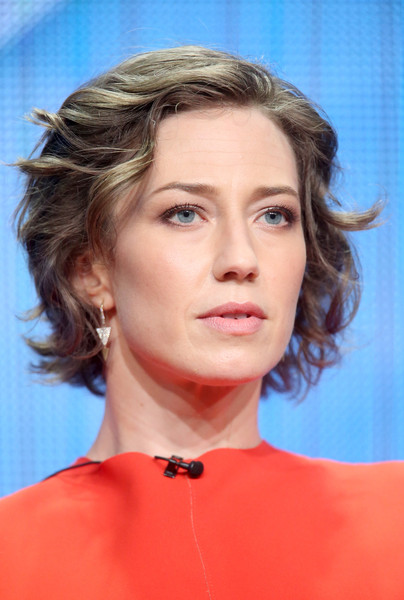 Carrie Coon Short Wavy Cut [the leftovers,hair,face,hairstyle,eyebrow,chin,blond,lip,cheek,skin,beauty,carrie coon,portion,beverly hills,california,the beverly hilton hotel,hbo,summer tca,panel discussion,summer tca tour]