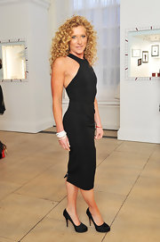 We would love to get our hands on a sexy sporty LBD like Kelly Hoppen's.