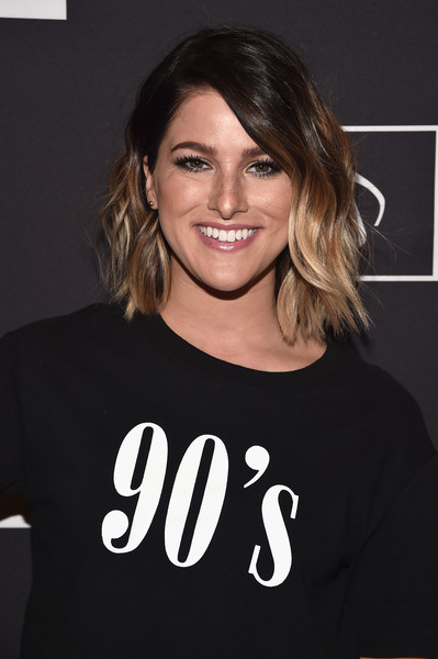 Cassadee Pope Short Wavy Cut [hair,hairstyle,shoulder,t-shirt,eyebrow,cool,lip,neck,smile,sleeve,cassadee pope,i create music expo,13th annual writers jam,loews hollywood hotel,hollywood,california,ascap,i create music expo]