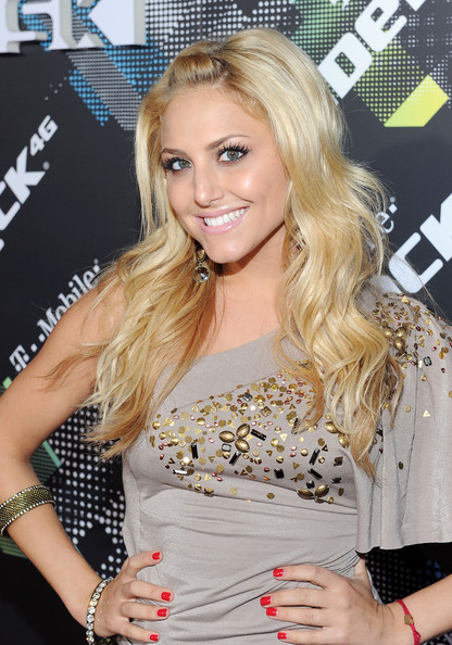 cassies new hairstyle. Cassie Scerbo Hair