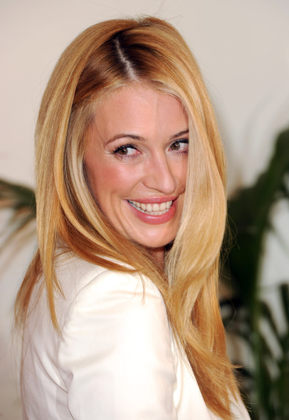 Cat Deeley Side Sweep