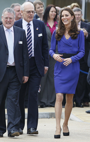 More Pics of Kate Middleton Day Dress (1 of 62) - Kate Middleton Lookbook - StyleBistro