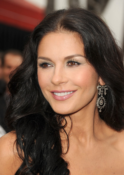 Catherine Zeta-Jones Long Wavy Cut