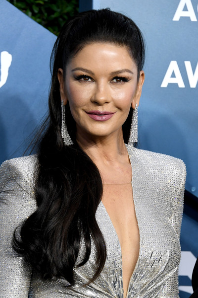 Catherine Zeta-Jones Ponytail [hair,face,hairstyle,eyebrow,skin,beauty,black hair,long hair,chin,lip,arrivals,catherine zeta-jones,screen actors guild awards,screen actors\u00e2 guild awards,hair,reservations,hair,hairstyle,television,fashion,catherine zeta-jones,no reservations,actor,celebrity,screen actors guild awards,livingly media,television,fashion,michael douglas]