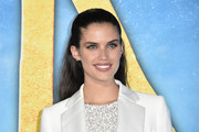 Sara Sampaio looked sweet and demure with her half-up hairstyles at the world premiere of 'Cats.'