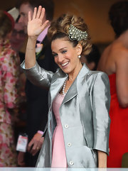 Sarah Jessica Parker topped off her extravagant updo with a jeweled hair piece at Crown Oaks Day.