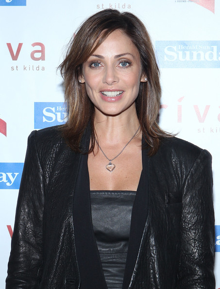 Natalie Imbruglia looked hip at the Snaparazzi Soiree with this shoulder-length layered cut.