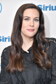 Liv Tyler looked pretty with her long waves while visiting SiriusXM.