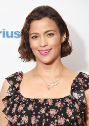 Paula Patton brightened up her pretty face with a swipe of pink lipstick.