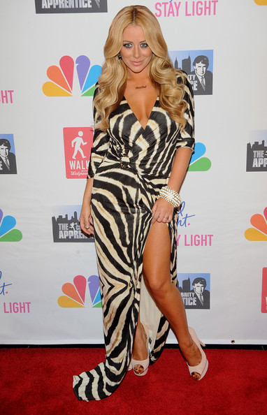 More Pics of Aubrey O'Day Long Wavy Cut (1 of 5) - Aubrey O'Day Lookbook - StyleBistro [live finale,red carpet,clothing,carpet,dress,fashion,hairstyle,blond,long hair,thigh,footwear,aubrey oday,celebrity apprentice,new york city,american museum of natural history]