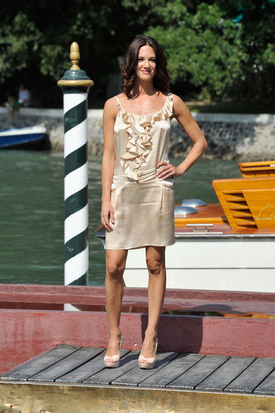Asia Argento was ruffled perfection in a simple satin dress at the Venice Film Festival.