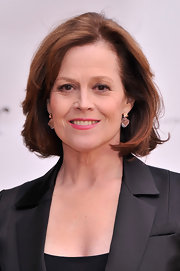 Sigourney's layered bob gave her a youthful and fun look at the American Ballet Spring Gala in NYC.