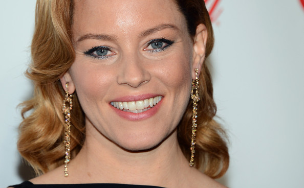 More Pics of Elizabeth Banks Retro Hairstyle (5 of 19) - Retro Hairstyle Lookbook - StyleBistro