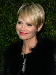 Kristin Chenoweth looked breezy and chic with her short' do at the Chanel and Charles Finch pre-Oscar dinner.