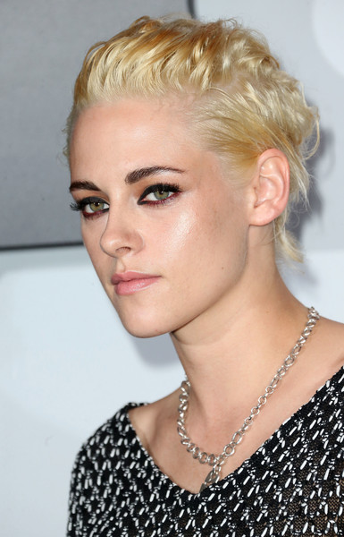 More Pics of Kristen Stewart Rectangle-faced Watch (1 of 6) - Dial Watches Lookbook - StyleBistro